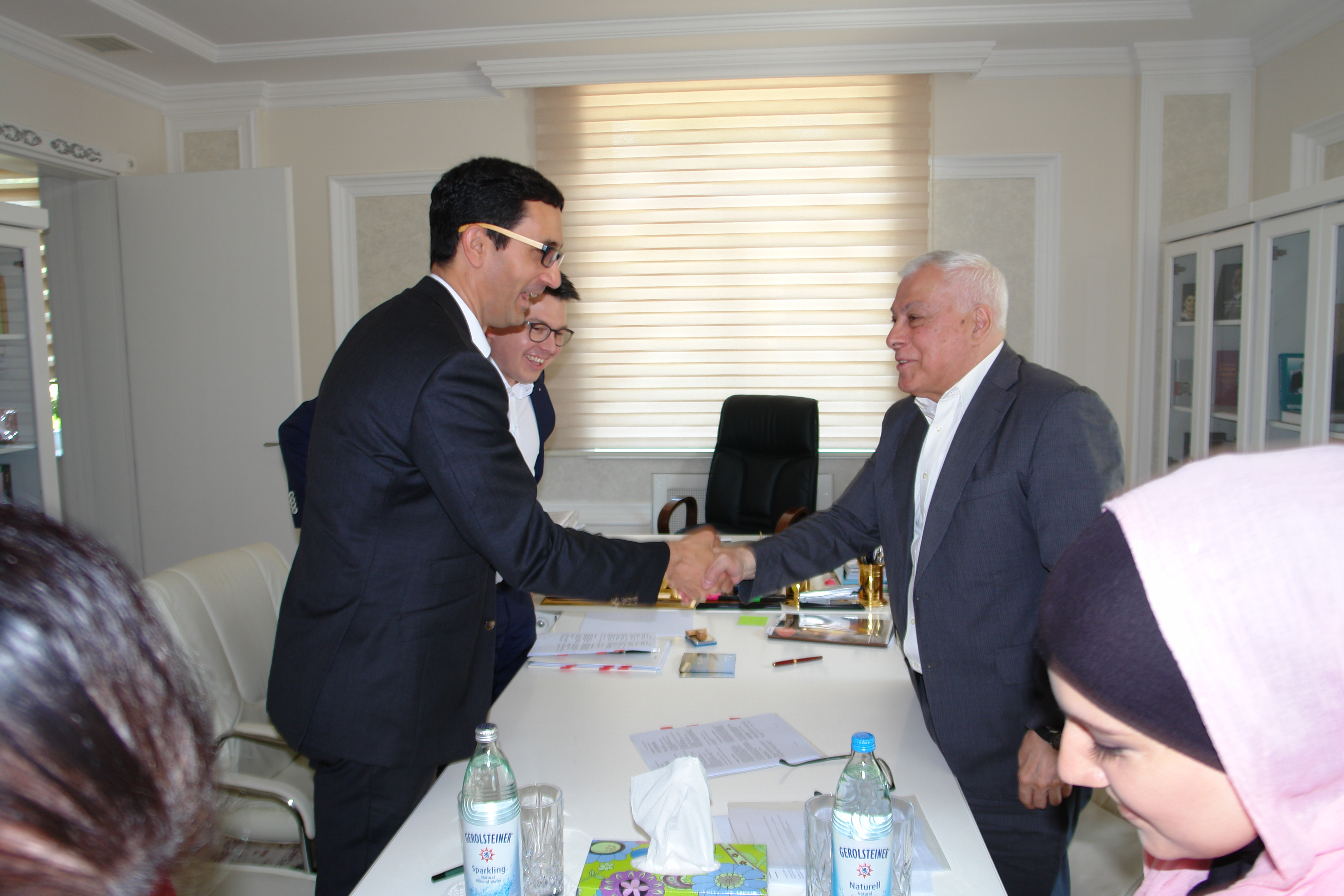 Azərbaycan Milli Ensiklopediyasının növbəti cildinin nəşri üçün müqavilə imzalandı
